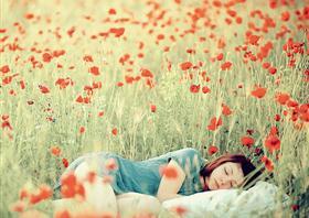 伤感说说:她的爱如果变成了一种施舍。
