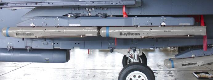 美空军正式部署小直径炸弹:智能化、射程超远