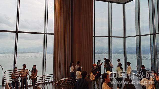 【续写更多春天的故事 走进经济特区国家级新区】云颂音乐厅打造深圳公益文化艺术平台