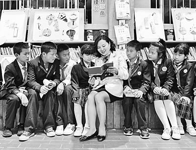 合力托举 让乡村儿童享受阅读之美